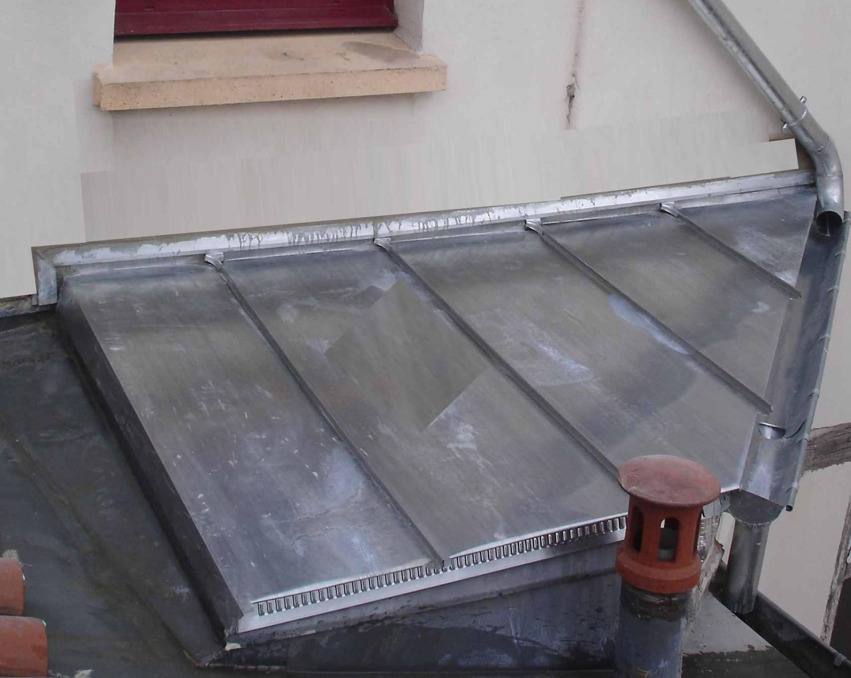 Toiture et fa ade couverture zinguerie travaux for Toiture zinc joint debout